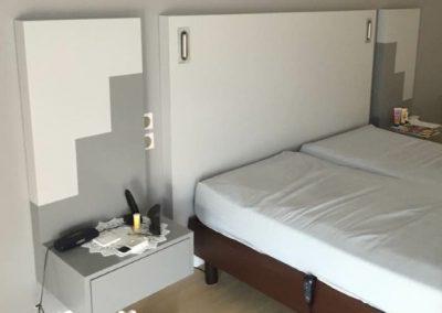 Tête de lit tryptique avec liseuses led encatrées