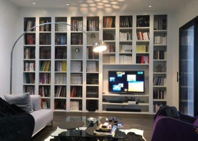Bibliothèque enchassée