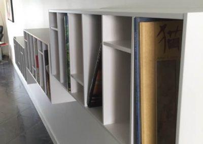 Bibliothèque murale sur mesure