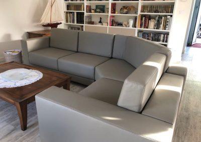 Canapé avec angle utile sur mesure de notre fabrication